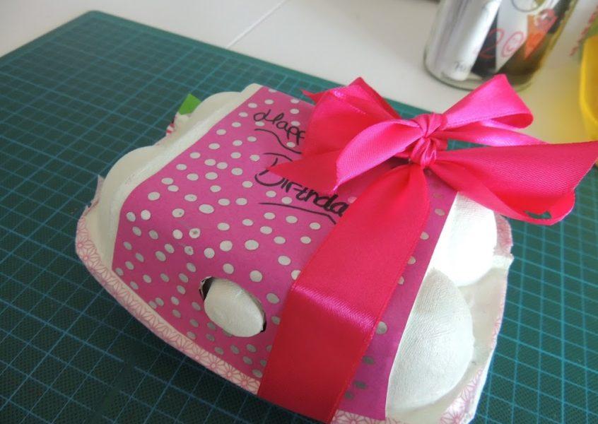 Quick-DIY: Geldgeschenk im Eierkarton